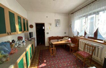 Дом 100 м² на участке 6 сот. в г. Евпатория