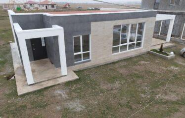 Дом 102 м² на участке 6 сот. в пгт. Заозёрное