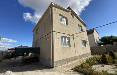 Дом 202 м² на участке 6 сот. в г. Евпатория