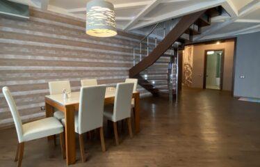 4-к квартира, 180 м², 5/6 эт. в г. Евпатория