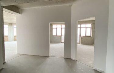 3-к. квартира, 116,5 м², 8/12 эт. в г. Евпатория